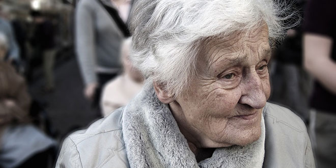 Alzheimer anziani sintomi iniziali decorso fasi finali
