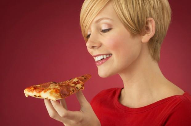 mangiare una pizza durante la dieta