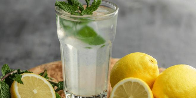 acqua con limone e sale per perdere peso