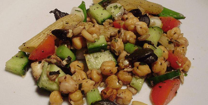 minestrone asciutto con ceci e pasta ricetta pranzo dieta mima-digiuno