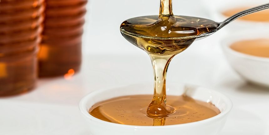 miele per il mal di gola dosi