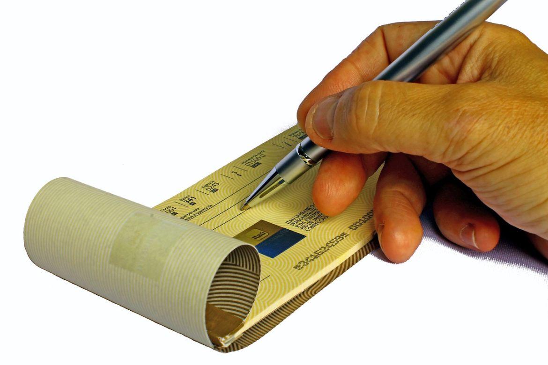 Compilare un assegno